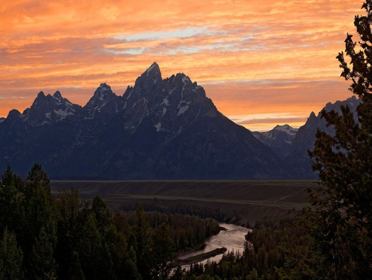 9151,-No Name, Dark-Tetons,-Golden-Sunset