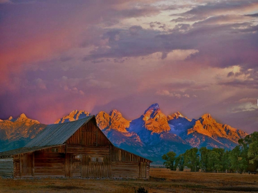 9228,-No Name, Teton-Barn-Dawn,-Full-V750-Scan,-Mauve-Sky,-30x40,-Finished